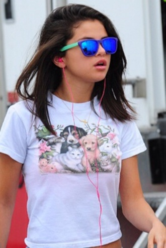 blue cute fashion swag girl summer outfits sunglasses selena selena gomez gomez selena marie gomez neon green spring breakers dark blue dark cool fierce glasses