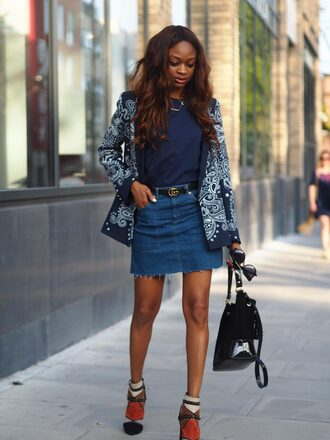 symphony of silk blogger t-shirt skirt bag shoes dress blouse frayed denim skirt denim skirt mini skirt blue skirt blue top embroidered jacket black bag boots multicolor boots
