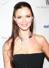 jewels,georgina chapman,collar,necklace,diamonds