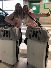 sweater,lisaandlena,lisa and lena,adidas,light pink,pink,trefoil,cute,airport,sweatshirt