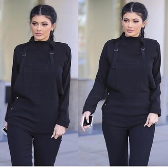 jumpsuit kylie jenner celebrity style celebrity black top black jumpsuit braid all black everything shirt