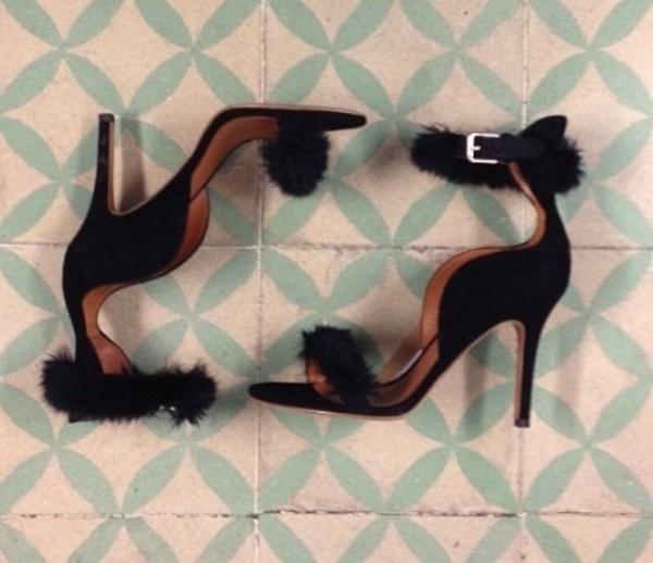 shoes brands clothes sandals high heels black shirt brandy melville michael kors louis vuitton urban outfitters