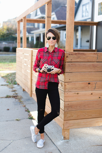 one little momma blogger shirt jeans shoes jewels sunglasses plaid shirt red shirt slip on shoes black jeans