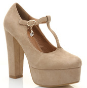shoes,outfit,clothes,high heels,heels,beige,summer,sandals,platform shoes,beige shoes,t-straps,t-strap heels