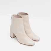 shoes,boots,heels