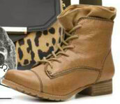 shoes,ankle boots,brown