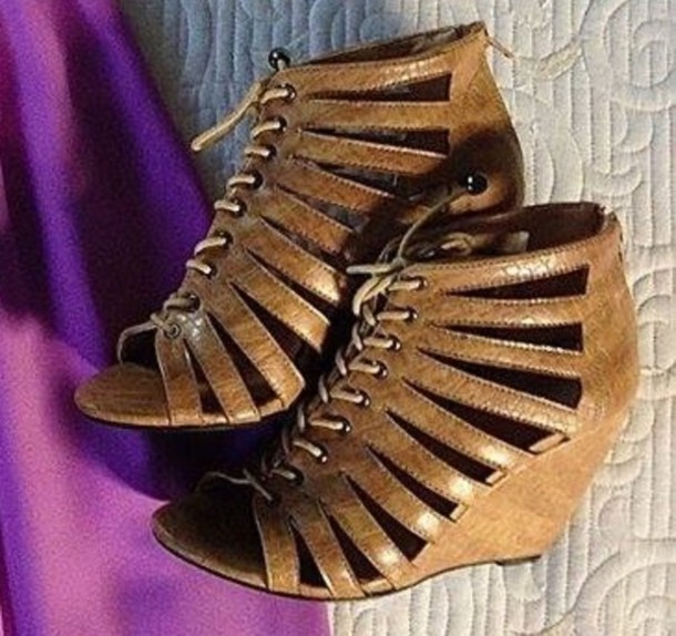 shoes wedges chestnut