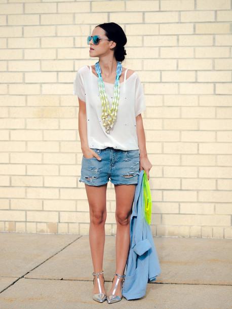 bittersweet colours jacket t-shirt shorts bag shoes jewels sunglasses
