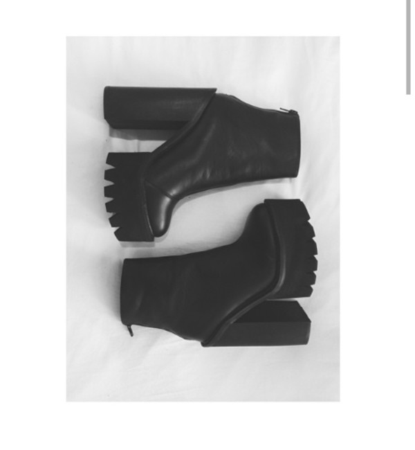 shoes high heels boots black platform shoes jeffrey campbell lookalike black booties ankle boots chunky chunky heel platform chunky boot platform high heels elastic boot chunky heels black platform heels noir compensed chaussures ? talons heels booties bottines