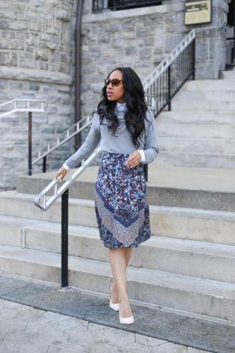 mattieologie blogger sweater skirt shirt shoes sunglasses jewels