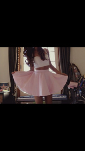 skirt,clothes,crop tops,pink skirt,vintage,Pin up,white crop tops,high waisted skirt,dress,top,tank top,pink,ariana grande,skater skirt,ariana grande white crop top,light pink skater skirt,kenley collins,white top,shirt,circle skirt,white,crop,outfit,tumblr,pretty,beautiful,nice