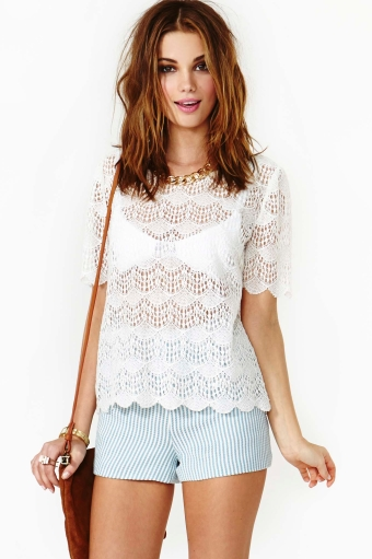 Scalloped crochet top  in  clothes at nasty gal