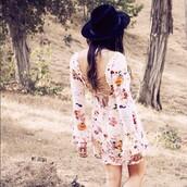 dress,long sleeve dress,long sleeves,floral,short dress,boho,bohemian,boho dress,bohemian dress,black hat,hat