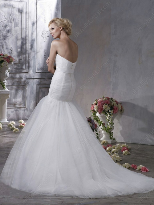 Trumpet/Mermaid Sweetheart Tulle Sweep Train Flower(s) Wedding Dresses