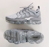 shoes,grey nike's