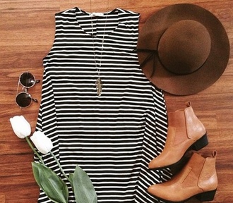hat brown hat stripes feather necklace dress shoes sunglasses