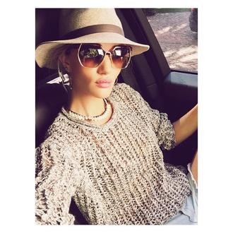 sweater rosie huntington-whiteley hat sunglasses