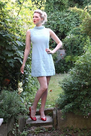 dress shift cocktail vintage 1960s baby blue pastel mini lace party cocktail dresses