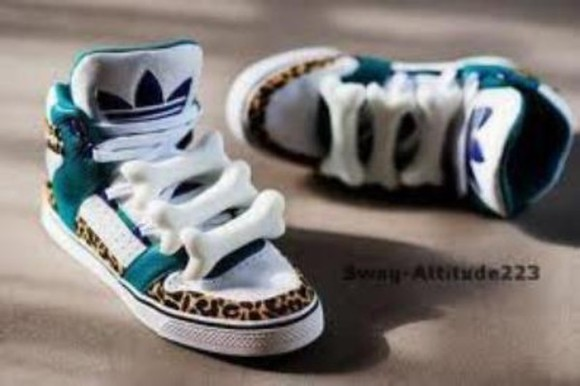 bones shoes adidas white navy blue leopard print bag blue stripe bone dog bone cute tan