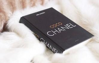 bag books coco chanel