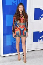 dress,hailee steinfeld,mini dress,long sleeve dress,bodycon dress,vma,mtv,colorful,shoes,balmain,giuseppe zanotti,celebrity style,celebrity,multicolor,guiseppe zanotti,sandals,sandal heels,high heel sandals,gold sandals,party dress,ankle strap heels,the blonde salad,blogger