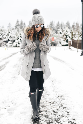 crystalin marie blogger coat leggings shoes hat beanie gloves winter outfits grey coat wellies grey sweater