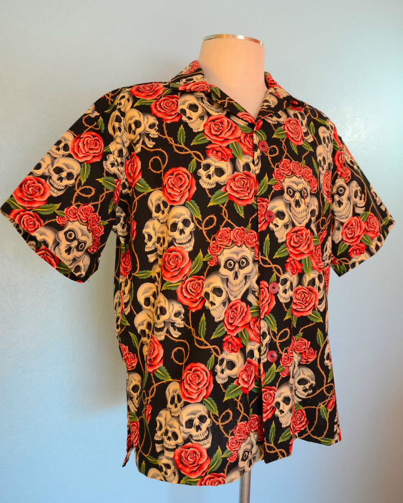 """Skulls Roses"" Black Something Fishy Handmade Shirt LG Hawaiian Tropical 