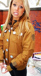 brown jacket,coat,white  buttons,camel,camel jacket,winter outfits,chestnut,jacket