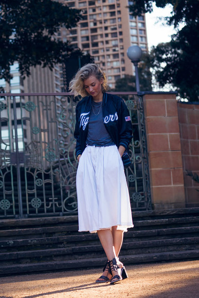 zanita jewels skirt shoes jacket blogger t-shirt