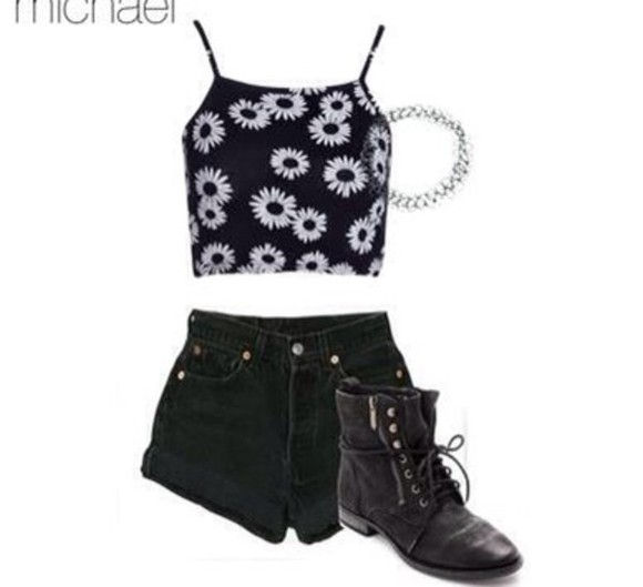 short top black an white floral floral top