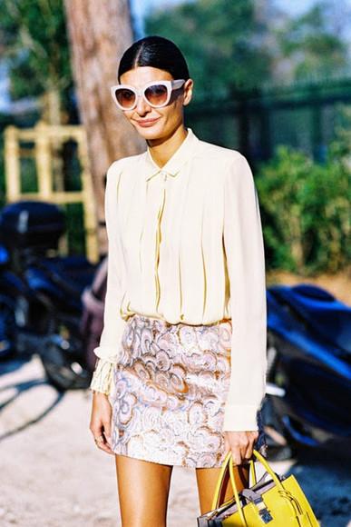 blogger sunglasses mini skirt pattern blouse vanessa jackman