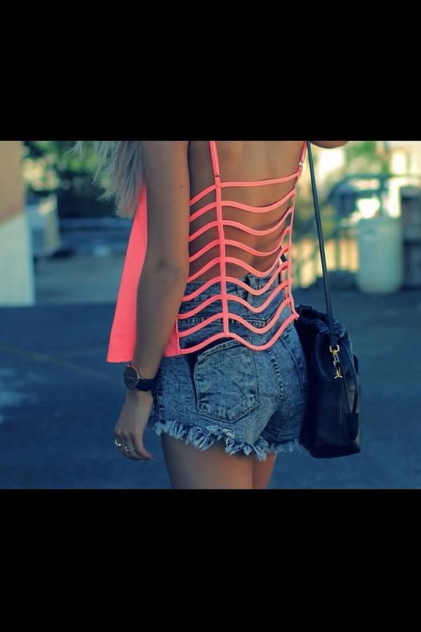 shirt neon pink and jean shorts