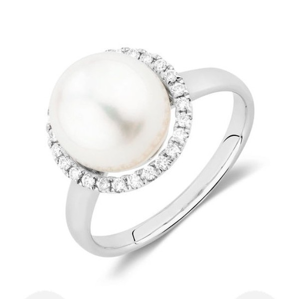 jewels pearl and diamond ring