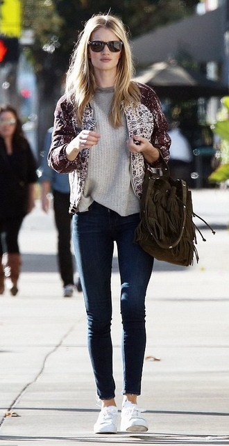 sweater sneakers rosie huntington-whiteley fall outfits jewels jacket