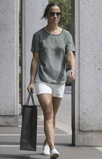 shorts top summer outfits pippa middleton sneakers