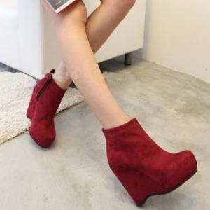 Sac tendance, chaussures et accessoires pour vos soirã©es et autres ã©vã¨nements.