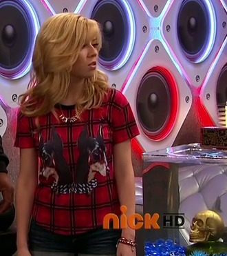 shirt jennette mccurdy cat valentine sam nickelodeon tartan red dog plaid plaid top blonde hair black dog print givenchy tshirt victorious cats brunette brown haur