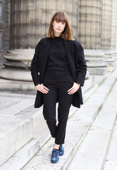 blogger sneakers black into your closet cropped pants coat
