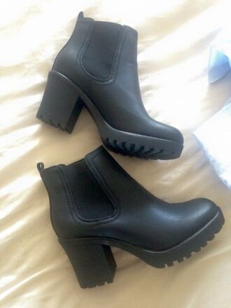 shoes boots black leather chunky heels boots black little black boots black heels