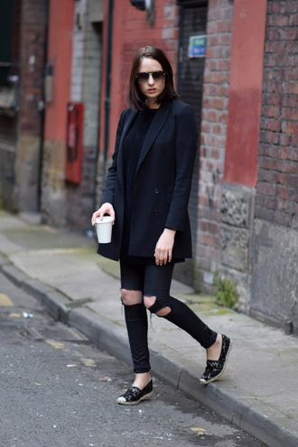 shot from the street blogger jeans top dress shoes jacket sunglasses bag