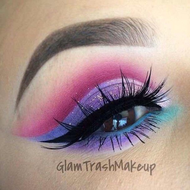 make-up pink eyeshadow purple eyeshadow torquise eyeshadow blue eyeshadow fake lashes eyeliner