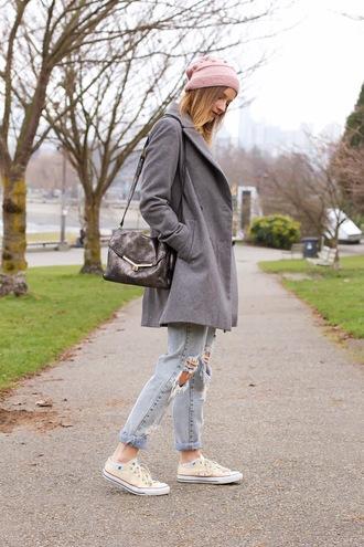styling my life coat t-shirt jeans shoes bag hat jewels