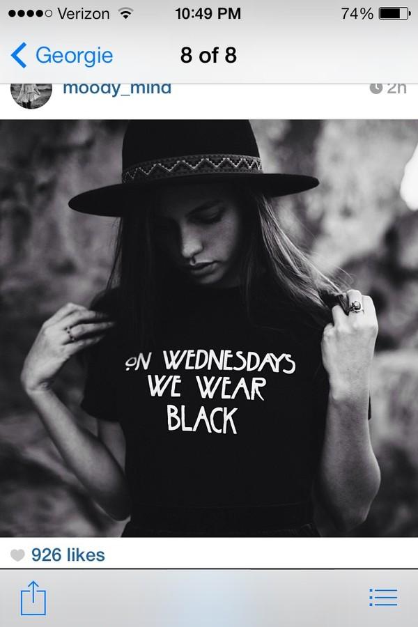 shirt black t-shirt hat