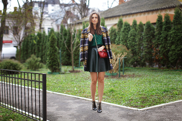 fashion agony coat sweater skirt shoes jewels bag