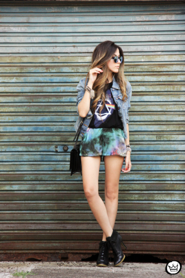 fashion coolture t-shirt jacket shorts sunglasses bag shoes