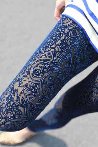 Blue Gorgeous Legging from Whitelily Fashion on Storenvy