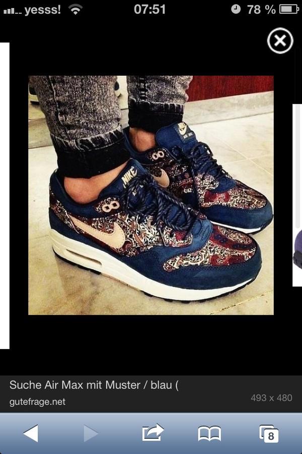 shoes nike sneakers flowers