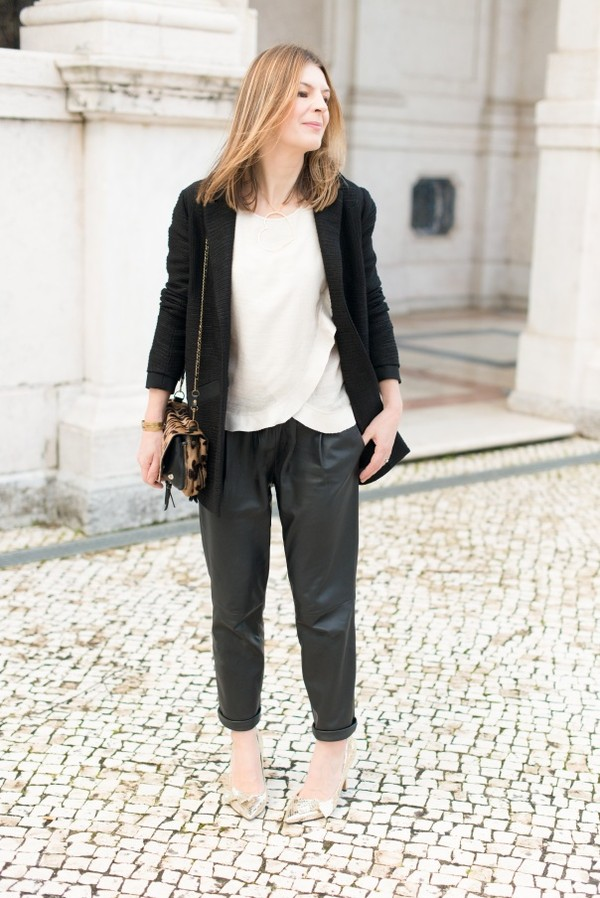 the working girl coat t-shirt pants shoes bag jewels