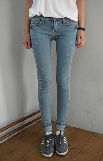 shoes t-shirt basket pastel jeans blue