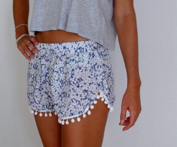 shorts white blue flowers cute summer pompom shorts